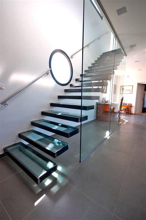 cuisine pas cheres d exposition marche escalier sur mesure 28 images escalier en verre