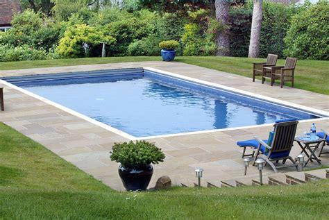 Garden Pool : Swim In Your Own Back Garden