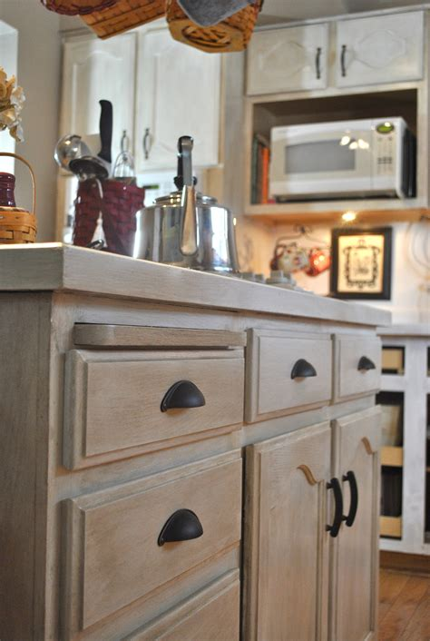 washing cabinet   clean wood cabinets