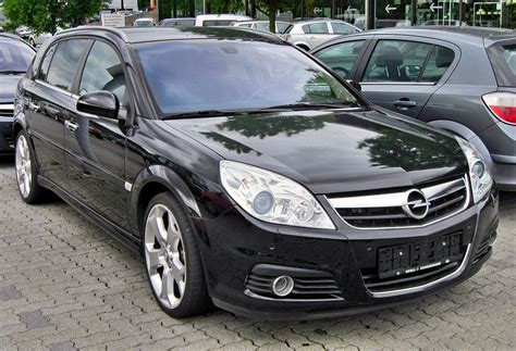 Opel Vectra by Opel Signum