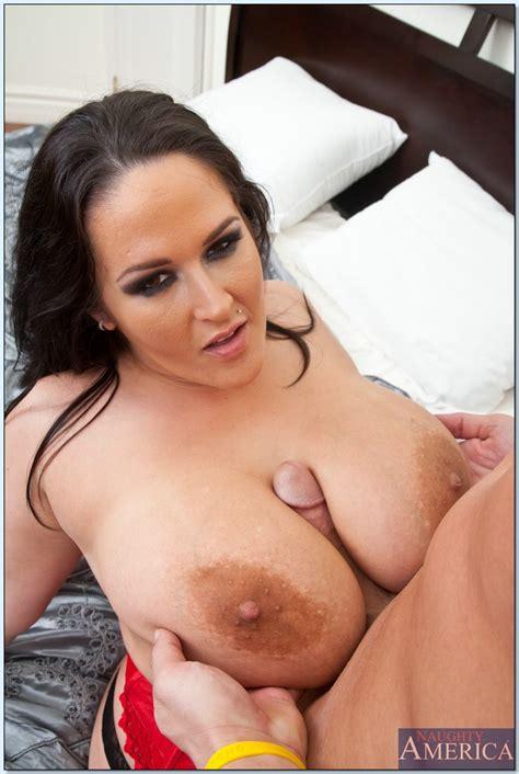 Busty fat MILF Carmella Bing gets fucked hard by bald guy ...