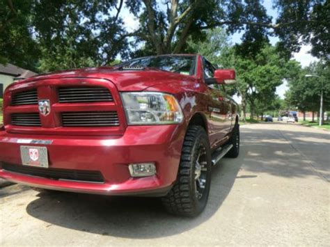 Purchase Used 2011 Dodge Ram 1500 Quad Cab 4x4 Hemi 5.7