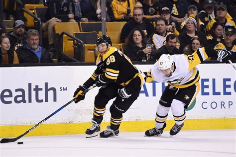 Extended highlights of the boston bruins at the pittsburgh penguins. Pittsburgh Penguins @ Boston Bruins 11/23/2018: lines ...