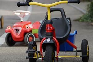 Kinderfahrzeuge Für Draußen : kostenlose foto dreirad fahrzeug bewegung kinder spa spielzeug fahrzeuge gehen kart ~ Eleganceandgraceweddings.com Haus und Dekorationen