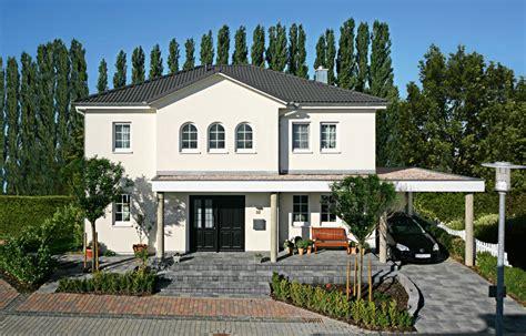 Häuser by Profertighaus Eu