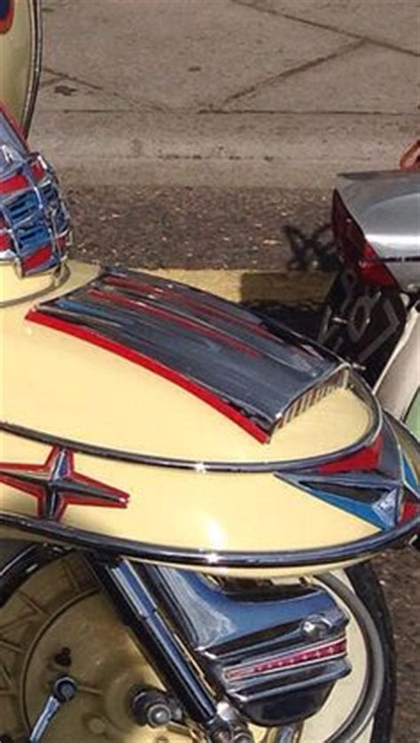 images  lambretta embellishers  pinterest scooters luggage rack  nice heels