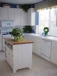 Small Kitchen Islands For Sale How To Find Small Kitchen Islands For Sale Modern Kitchens