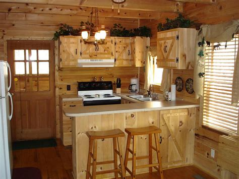 kitchen  fashioned rustic cabin kitchens  cottage