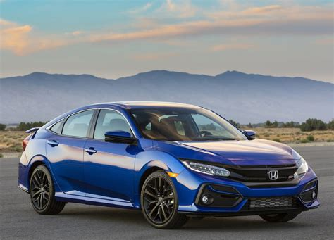 Unveiling of the 2022 Honda Civic Shows It's Still Running ...