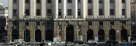 impiegata infedele spariti  mila euro stangata del