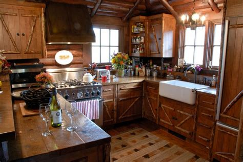 cabin kitchens ideas 304 best images about cabin interiors on