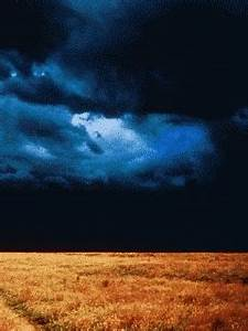 Flashing lightning and electrical storm pictures and gif ...