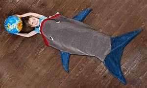 Sac De Couchage Pour Enfant : sac de couchage en queue de requin pour enfant groupon ~ Teatrodelosmanantiales.com Idées de Décoration