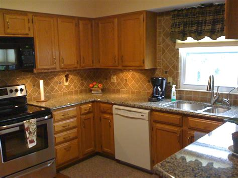 kitchen counter backsplash ideas kitchen island on granite black kitchen 6628