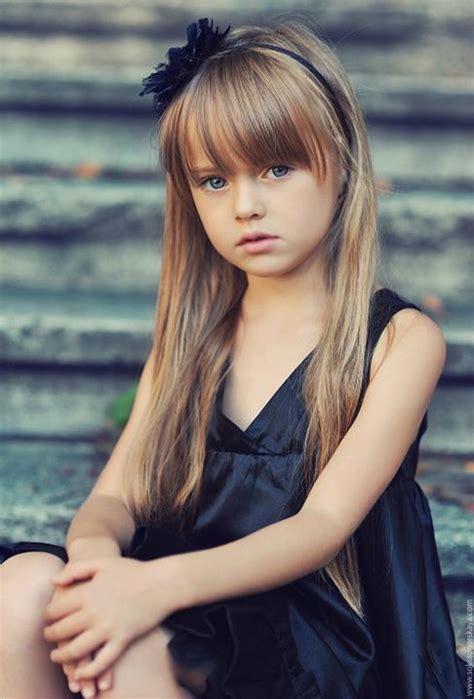 Kristina Pimenova Este Cea Mai Frumoasă Fetiţă Din Lume