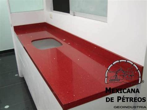 cubiertas de cuarzo rojo estelar  cocinas integrales