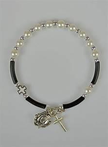 Magasin Croix Blanche : bracelet chapelet nacre blanche et croix blanche la ~ Melissatoandfro.com Idées de Décoration