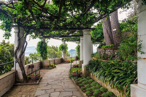 Isle Of Capri Villa San Michele A Pathway Leads