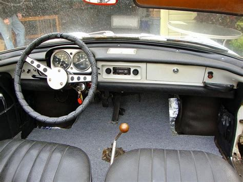 renault caravelle interior in need of amour 1967 renault caravelle scd motors