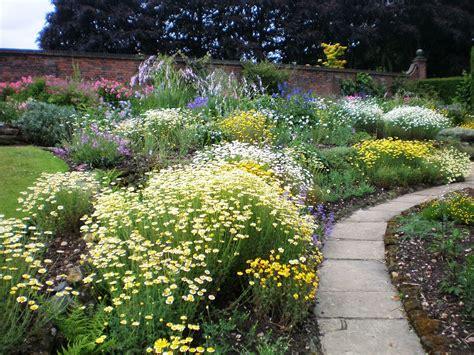 Garden : Winterbourne Botanic Garden