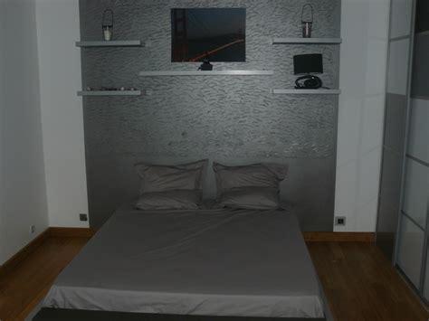 decoration des chambres de nuit chambre parent photo 4 6 parquet bambou peinture gris