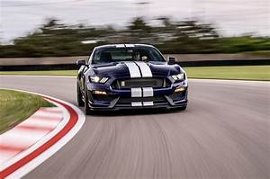 2019 Ford Mustang Shelby GT350 Gets an Update - Motor Trend