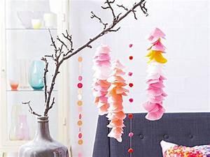 Blumen Aus Seidenpapier : girlanden basteln bunte partydeko selber machen lecker ~ Orissabook.com Haus und Dekorationen