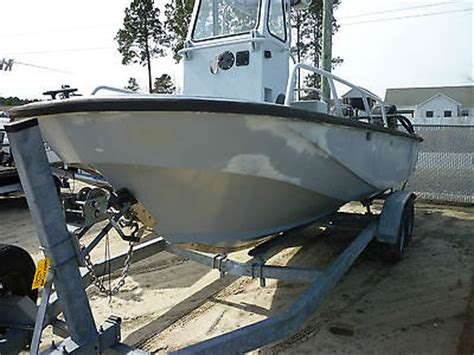 Boston Whaler Utility Boat by Boston Whaler Guardian 22 Boats For Sale