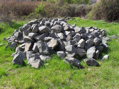Basaltsteine Für Trockenmauer In Simmern  Sonstiges Für