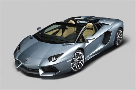 2013 Lamborghini Aventador Lp700-4 Roadster Revealed