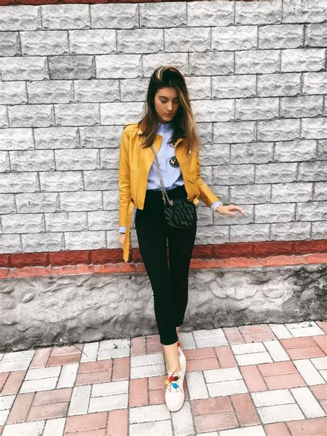 Best 20+ Yellow jacket outfit ideas on Pinterest | Colored blazer Work fashion 2014 and Office ...