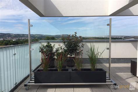 Windschutz Balkon Glas by Glas Windschutz Auf Rollen Glasprofi24