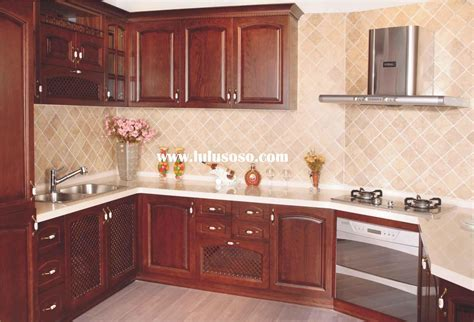placement of kitchen cabinet handles and knobs, placement