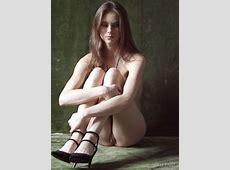 Marilu Nude Pics In Contrast Shot By Razin From Metart