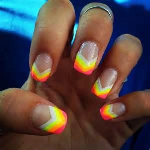 Neon chevron tips