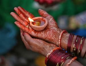Understanding Hinduism : 10 Basic Beliefs – Wiral Feed