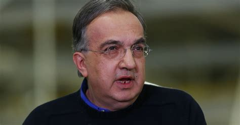 Fiat Ceo by Fiat Chrysler Ceo Again Pushes Merger With Gm