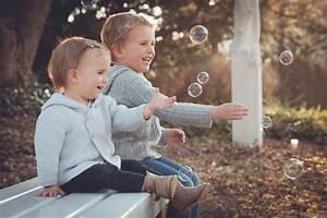 Geschwister Fotoshooting Ideen : kinder geschwister seifenblasen fr hling kinder fotografie ~ Eleganceandgraceweddings.com Haus und Dekorationen