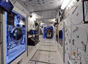 You Can Step Inside a Scale Model of the ISS in Alabama
