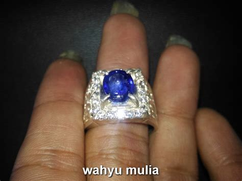 Batu Cincin Blue Safir Menawan batu cincin blue safir asli kode 691 wahyu mulia