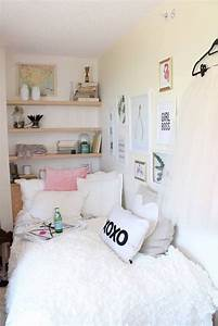 25 best ideas about small teen bedrooms on pinterest With super cute teenage girls room