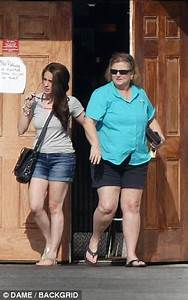Casey Anthony spotted leaving bar during happy hour ...
