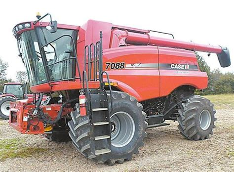 Case 7088 4wd Rice And Wheat Header  Machinery & Equipment