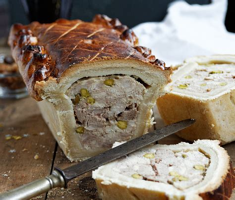 pate en croute piquet 28 images tracy ladyleet on quot this pate croute is so damn i can t