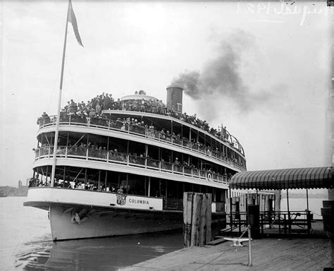 Old Boblo Boat by Tours Offered Before Boblo Boat Ss Columbia Sets For