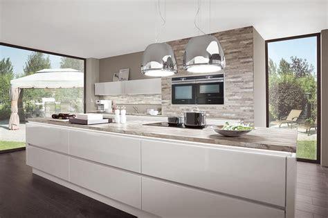 küchen modern mit kochinsel trend k 252 che mit kochinsel modern hochglanz wei 223 norina