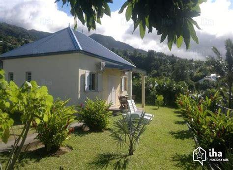 chaine cuisine location maison à sainte clotilde iha 72745