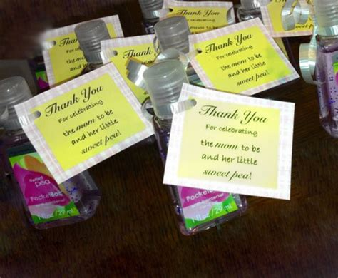 Baby Shower Gifts For Guests Ideas by Baby Shower Gifts For Guests What To Include Baby