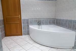 Barre De Baignoire D Angle A Ventouse : grande baignoire angle ~ Premium-room.com Idées de Décoration