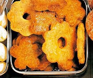 Wein Und Glas Essen : weinringli rezept rezepte backpulver und wein ~ A.2002-acura-tl-radio.info Haus und Dekorationen
